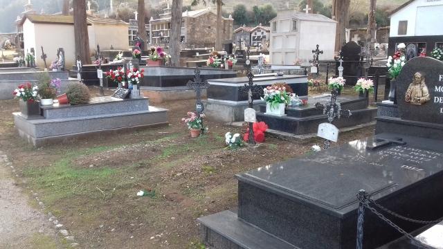 Distintas tumbas